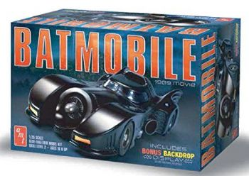 Batman 1989 Movie Batmobile 1:25 Scale Model Kit AMT